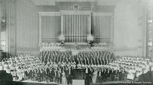 Handel and Haydn Society, 1915, photo via the Economist