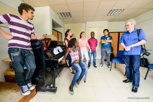 Music Director Osmo Vänskä works with aspiring conductors at Instituto Superior de Arte in Havana.  Photo by Travis Anderson