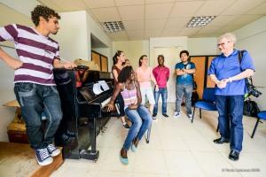 Music Director Osmo Vänskä works with aspiring conductors at Instituto Superior de Arte in Havana.  Photo by Travis Anderson